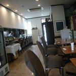ビストロ・ラマージュ 本千葉グリル - カウンンター席とテーブル席