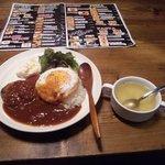 7221883 - 日替ロコモコ&スープ