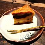 茶房 轤夢庵 - アップルケーキ