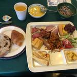 ちのスカイビューホテル - 料理写真:この日の朝食