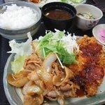 和風キッチン 蔵 - チキンカツと豚のショウガ焼き
