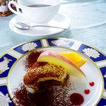 バローロ - デザート:ティラミス(ミニサイズ)&コーヒー