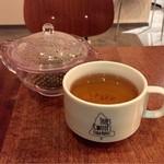 ツリーズ コーヒー カンパニー - ドリンクバー  ジャスミンティー  茶葉はホール