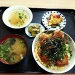 七尾 - 「カツ丼定食」780円