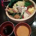 72235124 - 夏野菜と海鮮の宝龍冷やしつけ麺2732円