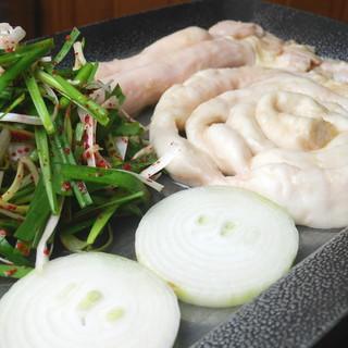 歌舞伎町のホルモン専門店!韓国式で焼肉、ホルモン焼き♪