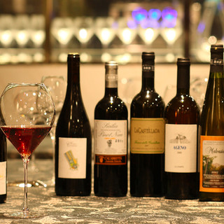 イタリア各地の自然派ワインと料理のマリアージュ