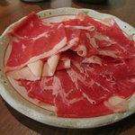 Tajimaya - しゃぶしゃぶ但馬屋京都ヨドバシ店の定量しゃぶしゃぶのバラ肉200g