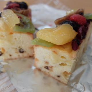 手作りパウンドケーキ Mam  - 料理写真:フルーツ
