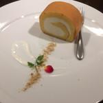 72247153 - 糖質5.6gのロールケーキ