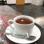 ジャヴァン・レストラン - イランの紅茶