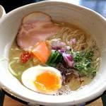 ORIBE - 鶏白湯麺