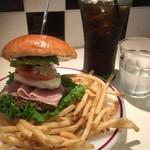 自家製ハンバーガー Nomad diner - ♪GANGバーガー¥1250ランチドリンク¥100