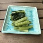 エイチティーエム ハクバ ハウス - 野沢菜はシンプルだ