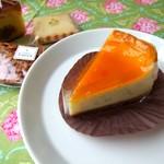 キュイソン ルカ - 料理写真:チーズケーキと焼き菓子♪