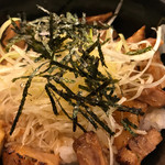 ど・みそ - 料理写真:炙り焼豚どん
