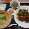 万両力石 - 料理写真:チンジャオオース+あんかけチャーハン定食 ¥1200-