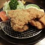 シチュー屋 - あじフライ630円