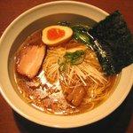 屋台らぁ麺 流れ星☆ - 「醤油らぁ麺」通常650円→いい値
