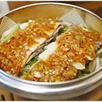 鎮海楼 - 豚ばら肉の四川風 760円+税 こちらも味噌味が濃い。