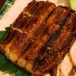 72267162 - ウナギの蒲焼寿司屋の蒲焼は美味い。