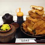 とんまさ - とんまさ(奈良県大和郡山市南郡山町)若鶏かつ定食(大)1700円