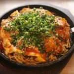 シンバシ テッパン - 広島風お好み焼き 800円 ※関西風800円もあります。