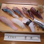 7227293 - お好み寿司 鯵 鯖 小肌 烏賊など