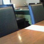 オステリア スゲロ - 店内のカウンター席の風景です