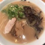 博多新風ラーメン食堂 - 博多豚骨 白 @750-