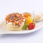 Sweets Smile - 『キャラメルパンケーキ』 ※フルーツは季節により変わります