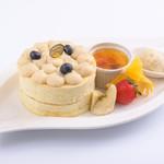Sweets Smile - 大好評につき期間限定から定番メニューになった『豆乳クリームパンケーキ』