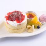 Sweets Smile - 人気No1の『ダブルベリーパンケーキ』 ※フルーツは季節により変わります