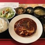 札幌円山 かん野 - 低温熟成豚のポークチャップ250g、1280円です。
