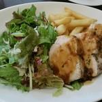 72274331 - 日替りランチ「鶏むね肉のハニージンジャーソース」。