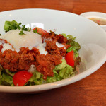 ひつじ料理と自家製スモークのお店 KWAN - ラム・タコライス