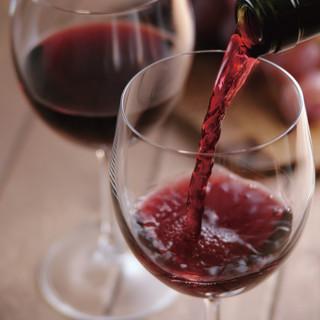 厳選したワインを、こだわりの宮崎郷土料理をご一緒に