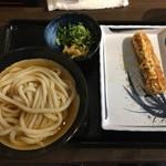 松井製麺所 - 「冷やかけ 小」400円と「たこちくわ天」160円