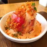 ポポット - 料理写真:丸ごとトマトとエビのタルタル♪ 見た目にインパクトあり!