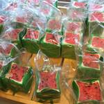 ベーカリー&カフェ キクチヤ - 赤色スイカパン畑