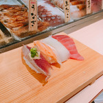 寿司 魚がし日本一 - ランチメニューの華から4貫