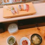 寿司 魚がし日本一 - ランチメニューの華(600円)