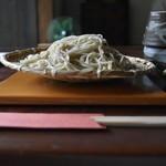 蕎麦屋蛍 - 蛍の緑