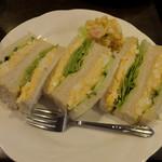 カフェ・ラパン - タマゴサンド600円