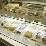 ジェラテリア シンチェリータ - 焼菓子もあります