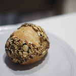 ジュー ドゥ マルシェ - 自家製パン