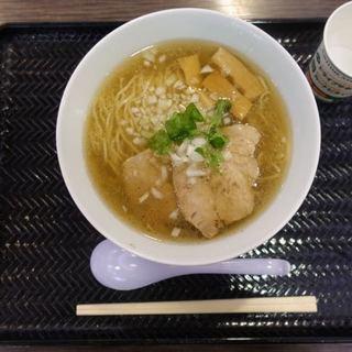 創彩麺家 野の実 - 料理写真:焦がし香味GYU塩らぁ麺 930円