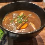 蔵人厨 ねのひ - 根菜たっぷりのお味噌汁。どんぶりサイズで、出て来ます