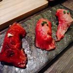 72316172 - 肉寿司!