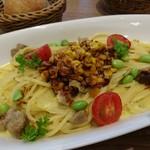 アフタヌーンティー・ティールーム - ローストポークと彩り野菜のとうもろこしソースパスタ